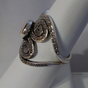 Jewelry - Sterling Silver Hammered Scroll Ring